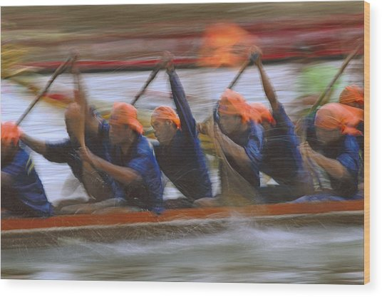 Dragon Boat Racing Thailand Wood Print by Richard Berry