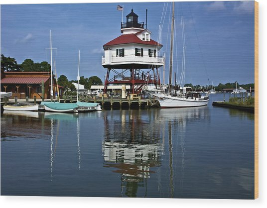 Drum Point Light House Wood Print