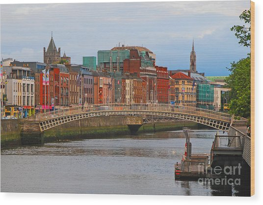 Dublin On The River Liffey Wood Print