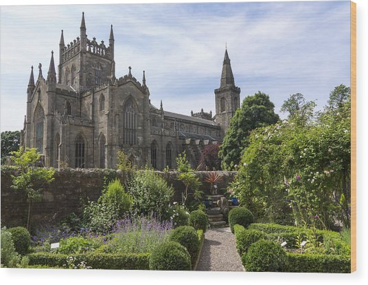 Dunfermline Abbey From The Abbot House Wood Print