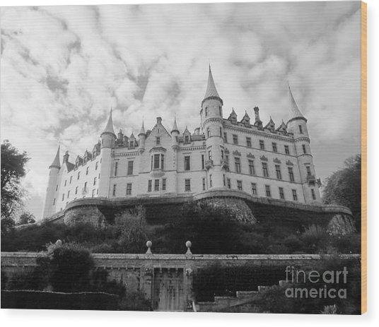 Dunrobin Castle Wood Print