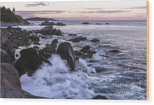 Dusk At West Quoddy Head Light Wood Print