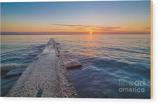 Early Breakwater Sunrise Wood Print