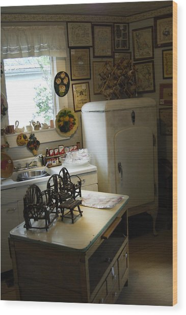 Early Fifty's Kitchen Wood Print