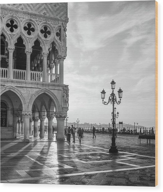 Early Morning - Venice Wood Print by Nigel Snape