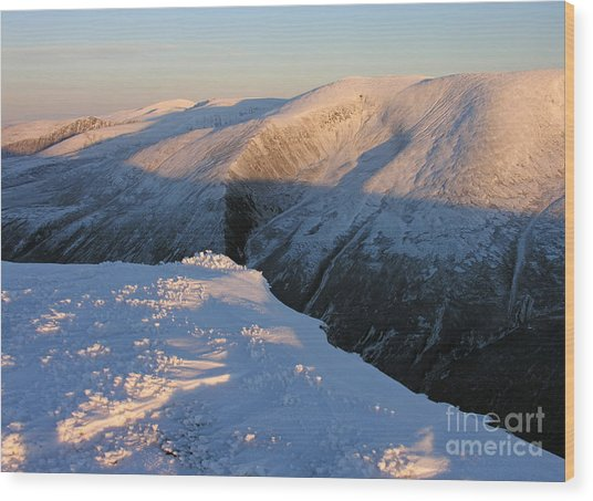 Early Winter Cairngorms Wood Print