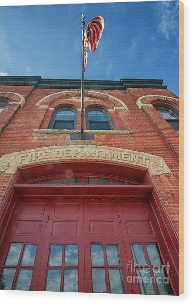 Wood Print featuring the photograph East End Fire Station Looking Up by Kari Yearous