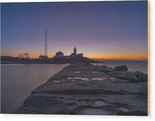 Eastern Point Lighthouse Just Before Sunrise Gloucester Ma Wood Print