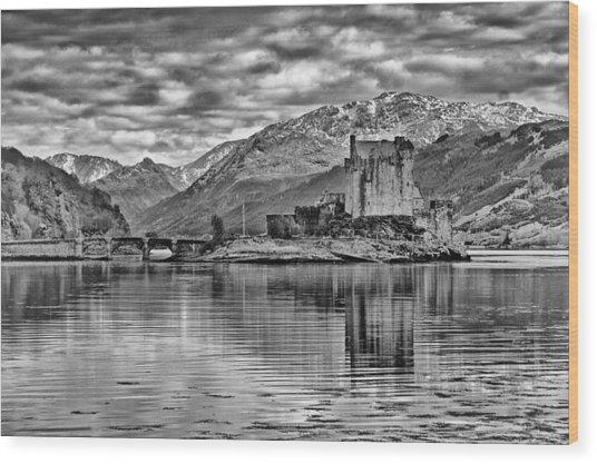 Eilean Donan - A Reflection Without Colour Wood Print
