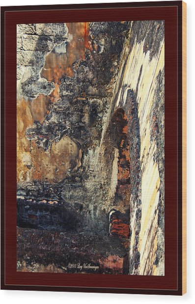 El Morro Arch With Border Wood Print