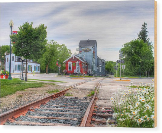 Elkhart Lake Off The Rail And Feed Mill Market Wood Print