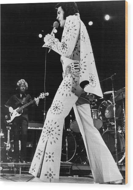 Elvis Presley In White Outfit On Stage Wood Print by Retro Images Archive