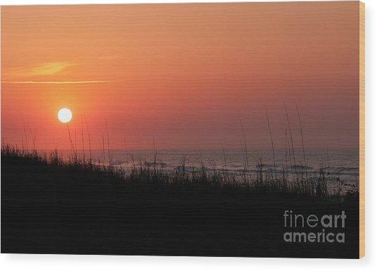 Emerald Isle Sunrise II Wood Print