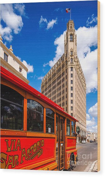 Emily Morgan Hotel And Red Streetcar - San Antonio Texas Wood Print