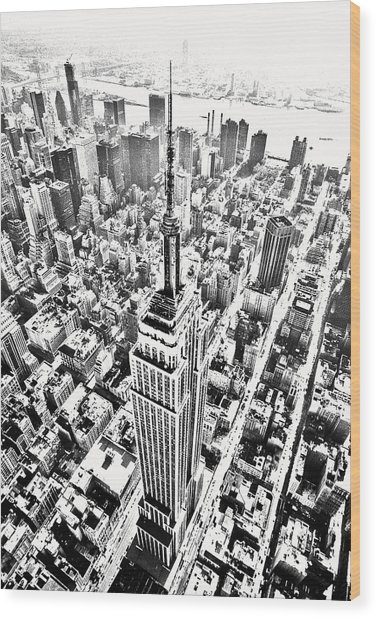Empire State Building Hdr Bw Wood Print by Kim Lessel