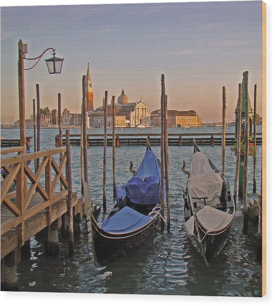 Venice End Of A Day Wood Print