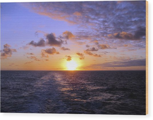 Hawaiian End Of Day Wood Print