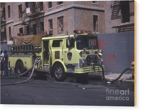 Engine 94 Fdny Lime Wood Print
