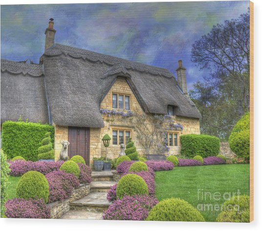 English Country Cottage Wood Print