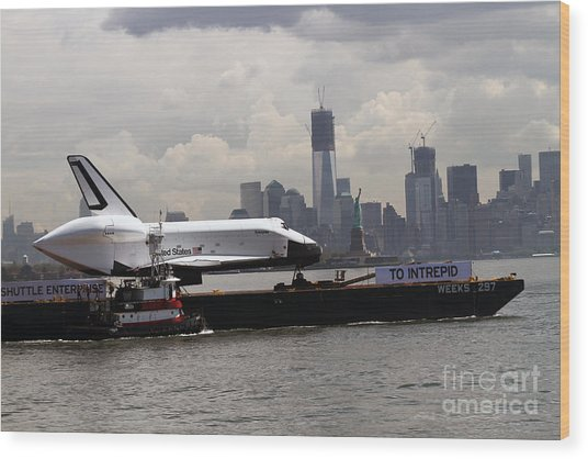 Enterprise To The Intrepid Air And Space Museum Wood Print