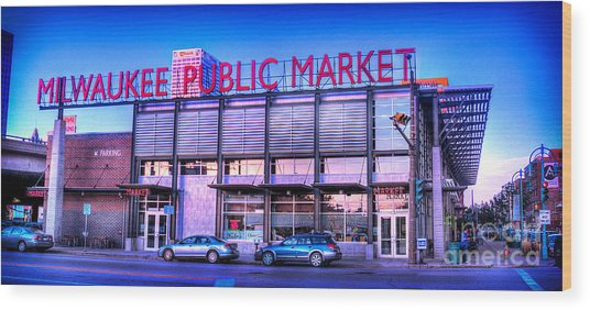 Evening Milwaukee Public Market Wood Print
