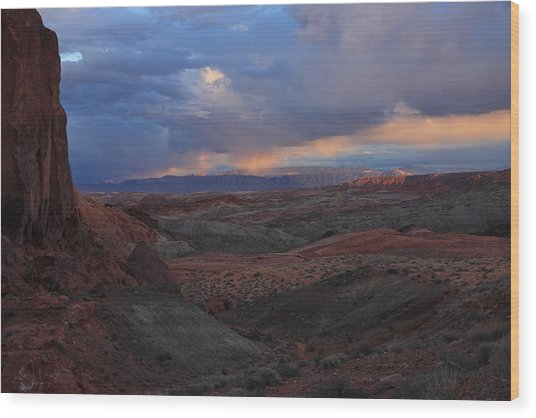 Evening Storm At Nevada's Valley Of Fire Wood Print