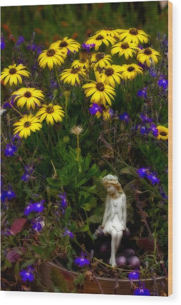 Fairy In Garden Pot Wood Print