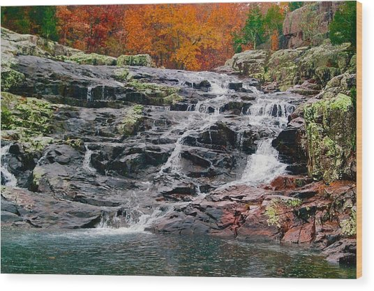 Fall At Black Falls Wood Print by Larry Bodinson