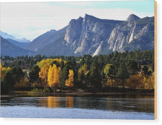 Fall At Lake Estes Wood Print