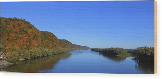 Fall On The Mississippi River  Wood Print by Dina Stillwell