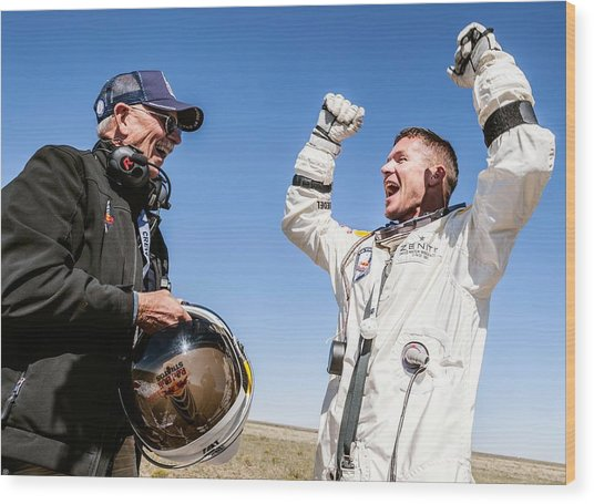 Felix Baumgartner After Freefall Wood Print by Science Photo Library