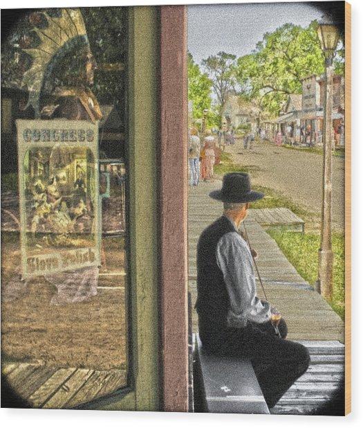 Fiddler On The Street Wood Print