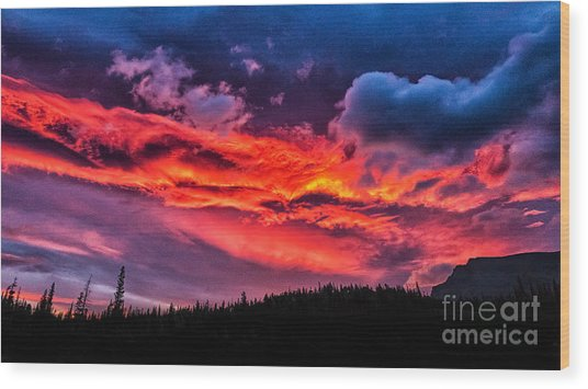 Fiery Sunrise At Glacier National Park Wood Print