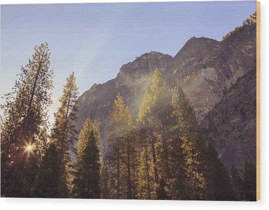 Morning Skies Of Yosemite Wood Print