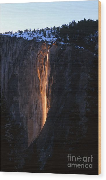 Fire Falls In Yosemite  Wood Print