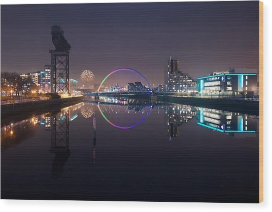 Fire Works Night Glasgow Wood Print