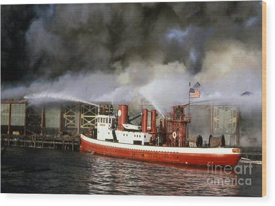 Fireboat Harvey In Action Wood Print