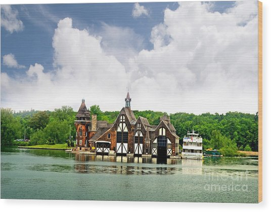 Firestation On The 1000 Islands Wood Print