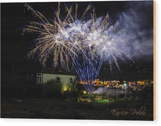 Fireworks In The Garden Wood Print