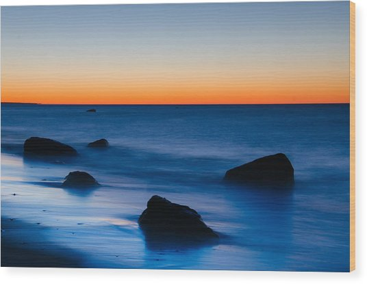 First Light At Lucy Vincent Beach Wood Print