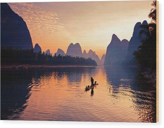 Fishermen Fishing In Li River Wood Print