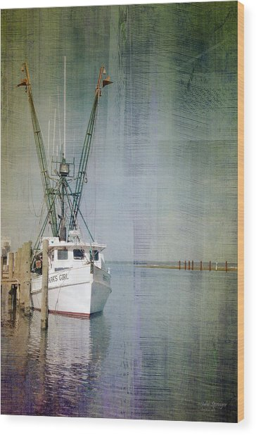 Fishing Boat In Chincoteague Wood Print