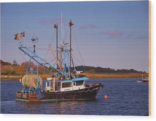 Fishing Boat Newburyport Wood Print