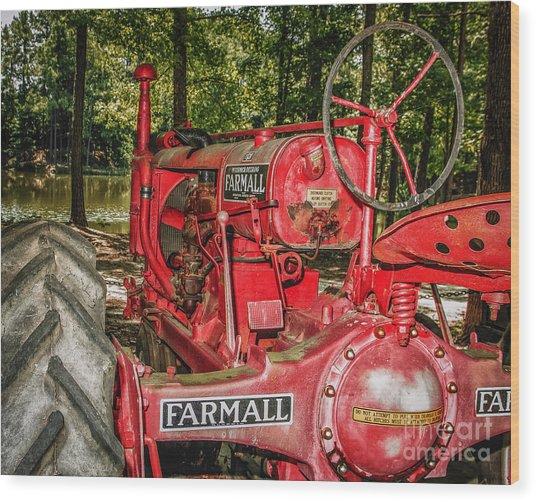 Flash On Farmall Wood Print