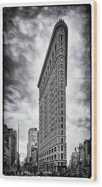 Flatiron Building - New York City Wood Print