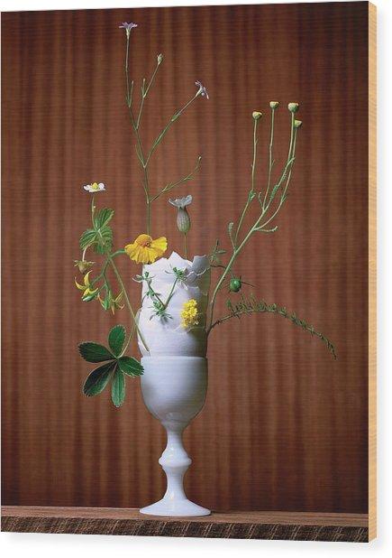 Floral Arrangement By Eve Suter Wood Print