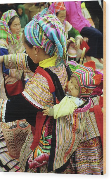 Flower Hmong Baby 03 Wood Print by Rick Piper Photography