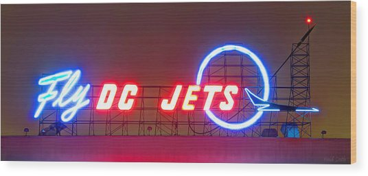 Fly Dc Jets Wood Print