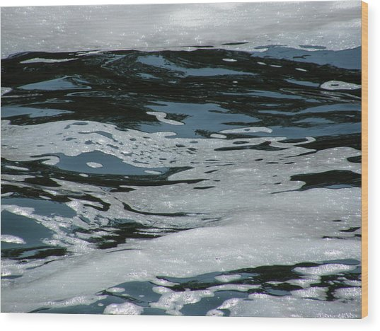 Foam On Water Wood Print