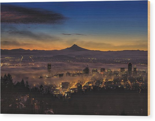 Fog Rolling In At Dawn Over The City Of Portland Wood Print